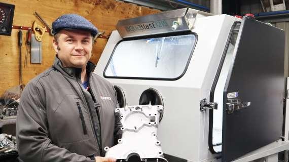 Classic Jaguar Specialists Uses Vixen Aquablast®